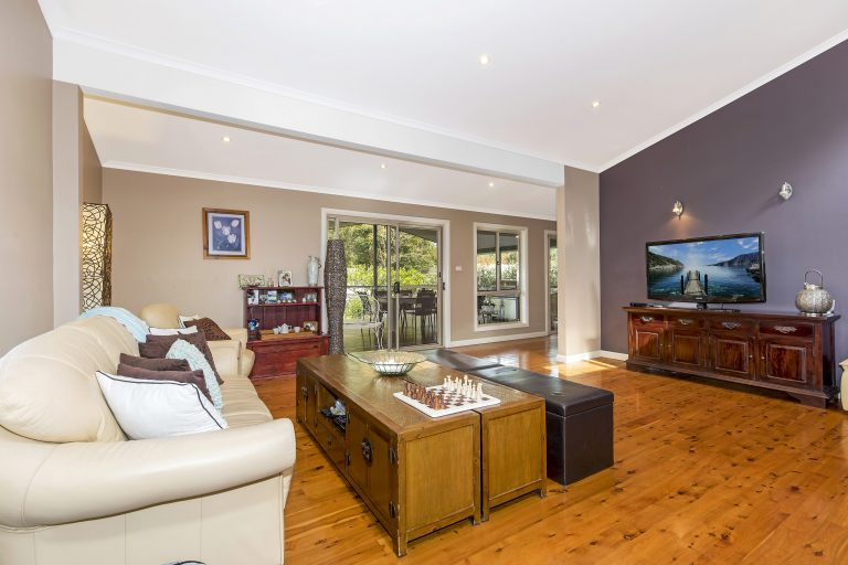 006_Open2view_ID511171-11_Warner_Avenue_Tuggerawong