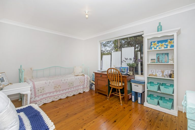 011_Open2view_ID511171-11_Warner_Avenue_Tuggerawong